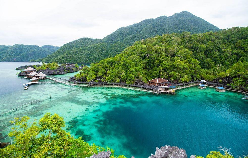 7 Tempat Wisata Masih Perawan yang Bisa Kamu Kunjungi Saat Corona Lenyap!